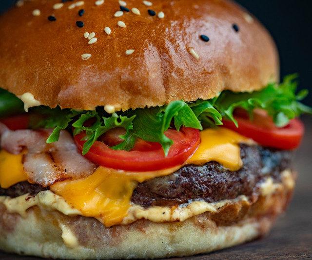 Новым источником белка для растительного сыра и мяса может стать ряска